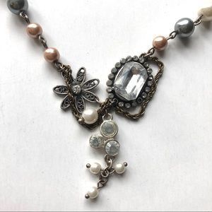 3 for $15 | Vintage looking pearl necklace AEO